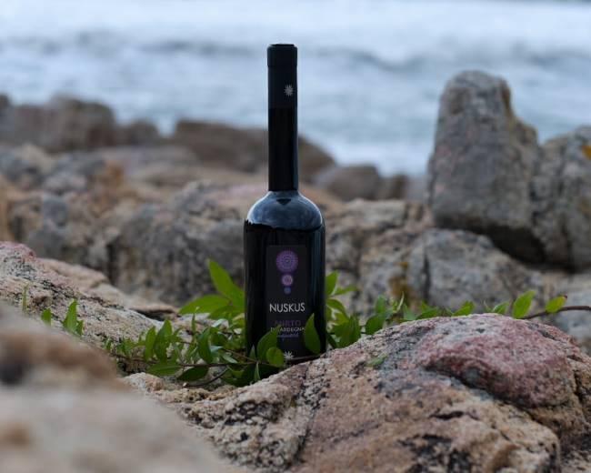 liquore di mirto di Sardegna in vendita online su Isolas